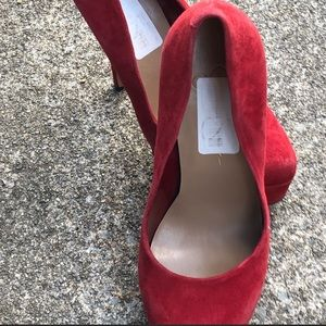 Sexy red Jessica Simpson heels size 6 1/2